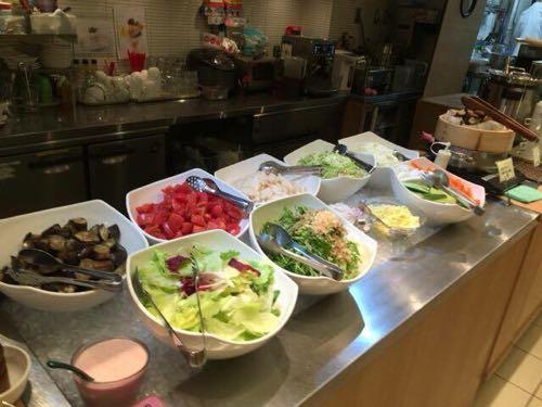 泥武士キッチン 銀座で有機野菜をお腹いっぱい食べ放題